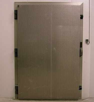 SOB OVERLAP HINGED COLD STORAGE DOOR