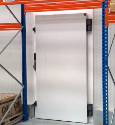 OVERLAP HINGED COLD STORAGE DOOR - MODEL TFP