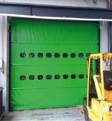 TR ROLL HIGH SPEED DOOR WITH AUTOMATIC REINSERTION